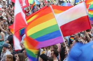 """Iowa Joins CA Blacklist for """"Discriminating"""" Against Trans People"""