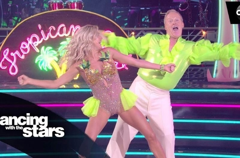 Spicer Can't Dance – But His Fans Don't Care